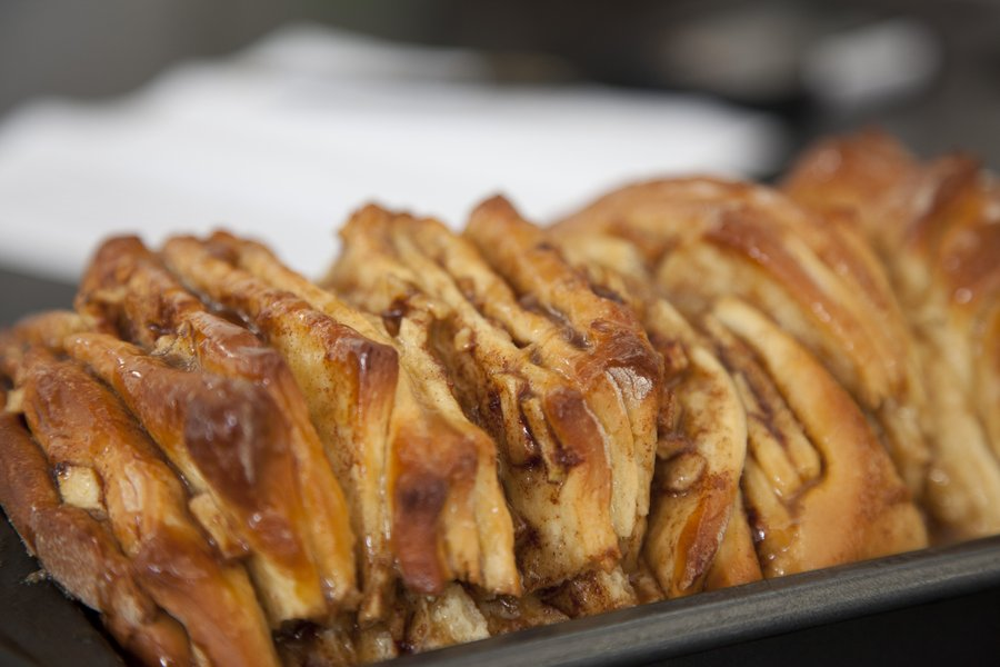 UrbanCookery - Apple Cinnamon Monkey Bread