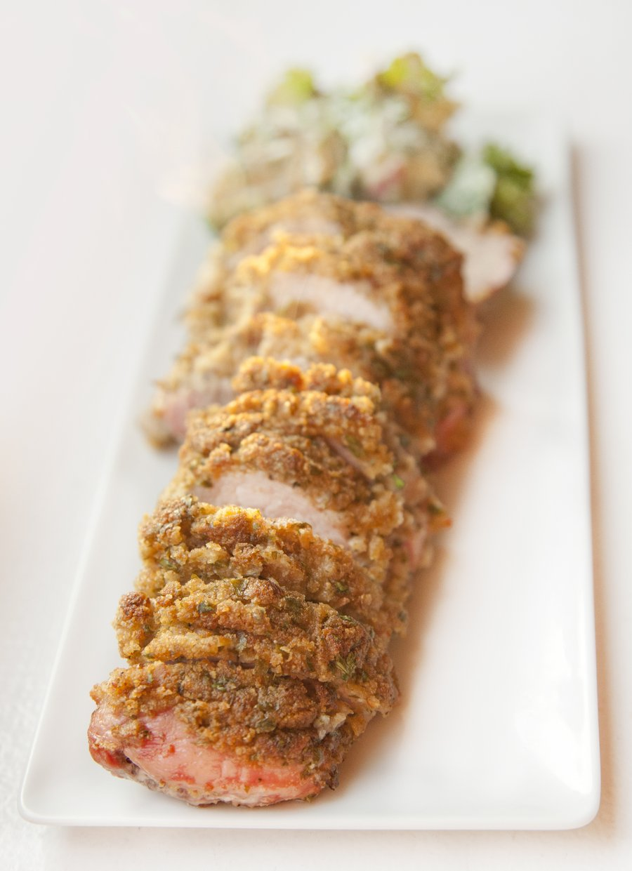 crusted tenderloin_2.JPG