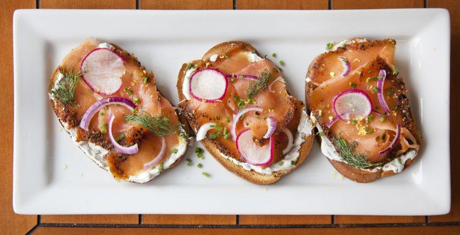 salmon_toast_1.JPG