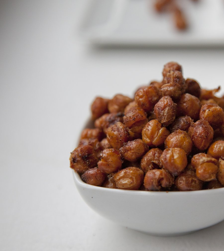 UrbanCookery - Crunchy Spiced Chickpeas