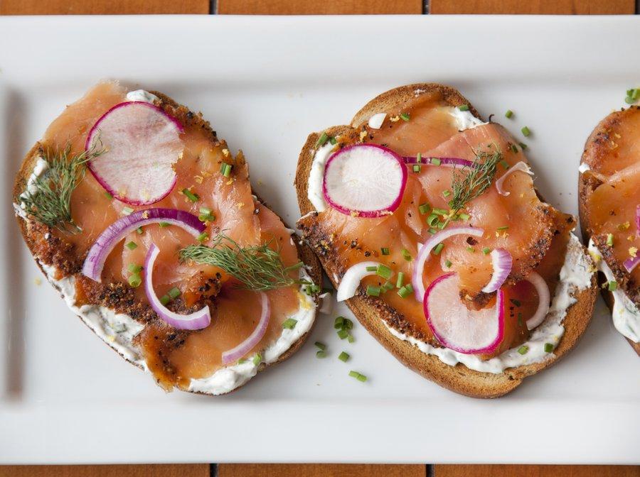 salmon_toast_3.JPG