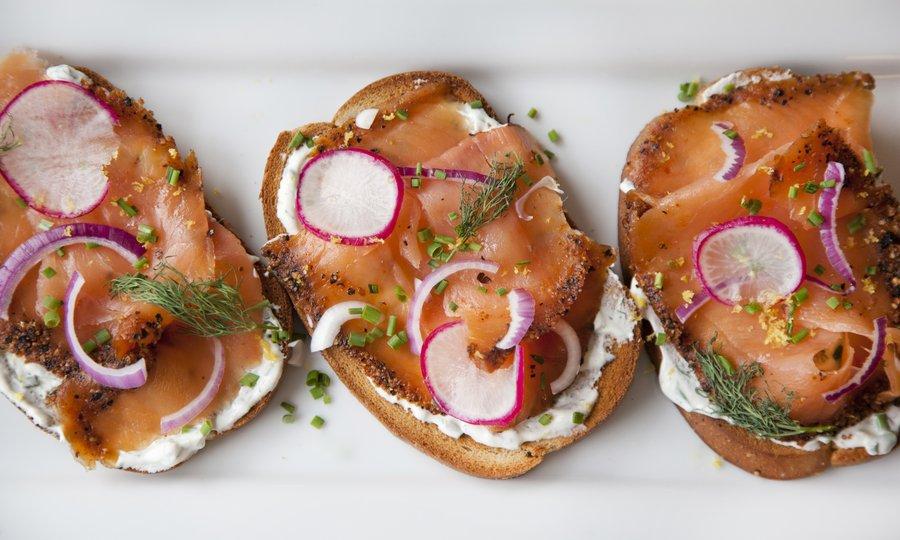 salmon_toast_2.JPG