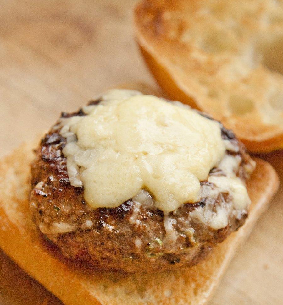 cheeseburgers_5.JPG