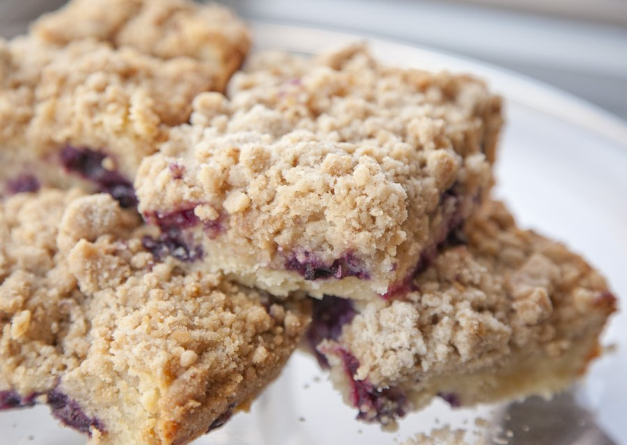 blueberry crumb_10.JPG