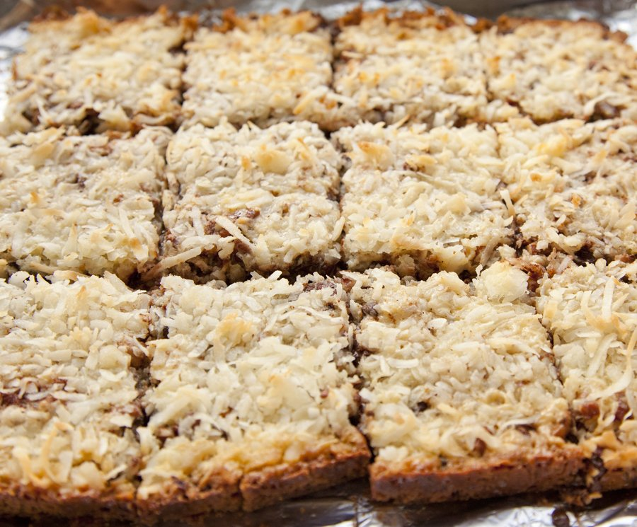 coconut bars_6.JPG