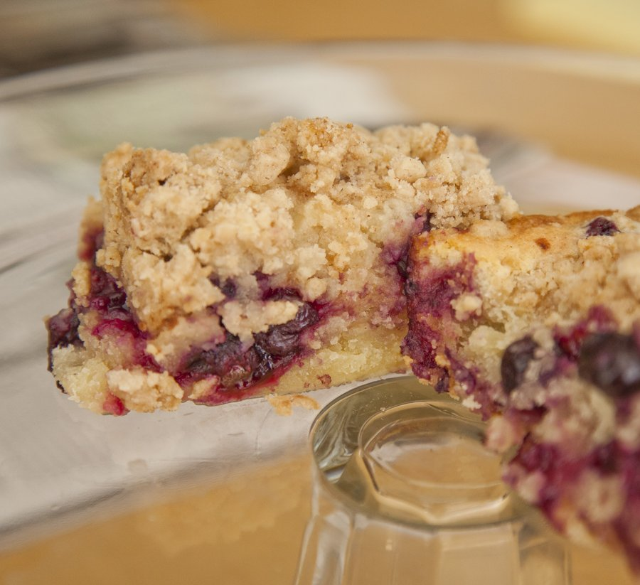 blueberry crumb_7.JPG