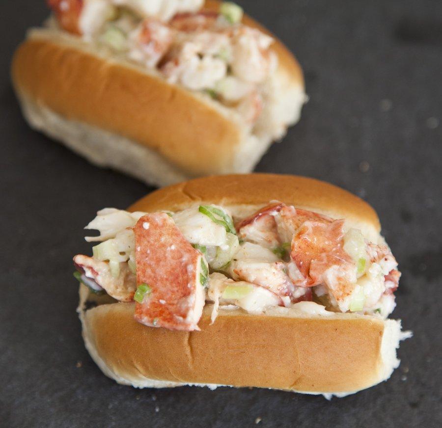 lobster rolls_3.JPG