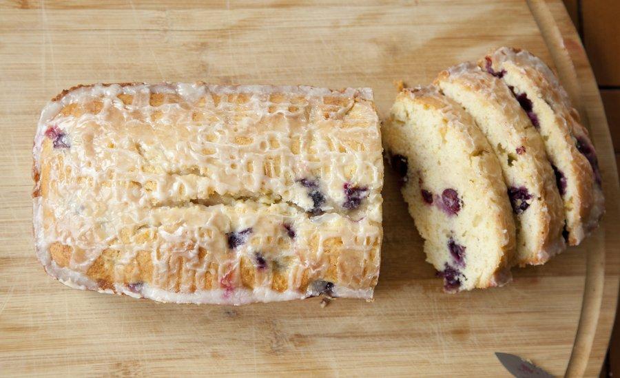blueberry cake_6.JPG