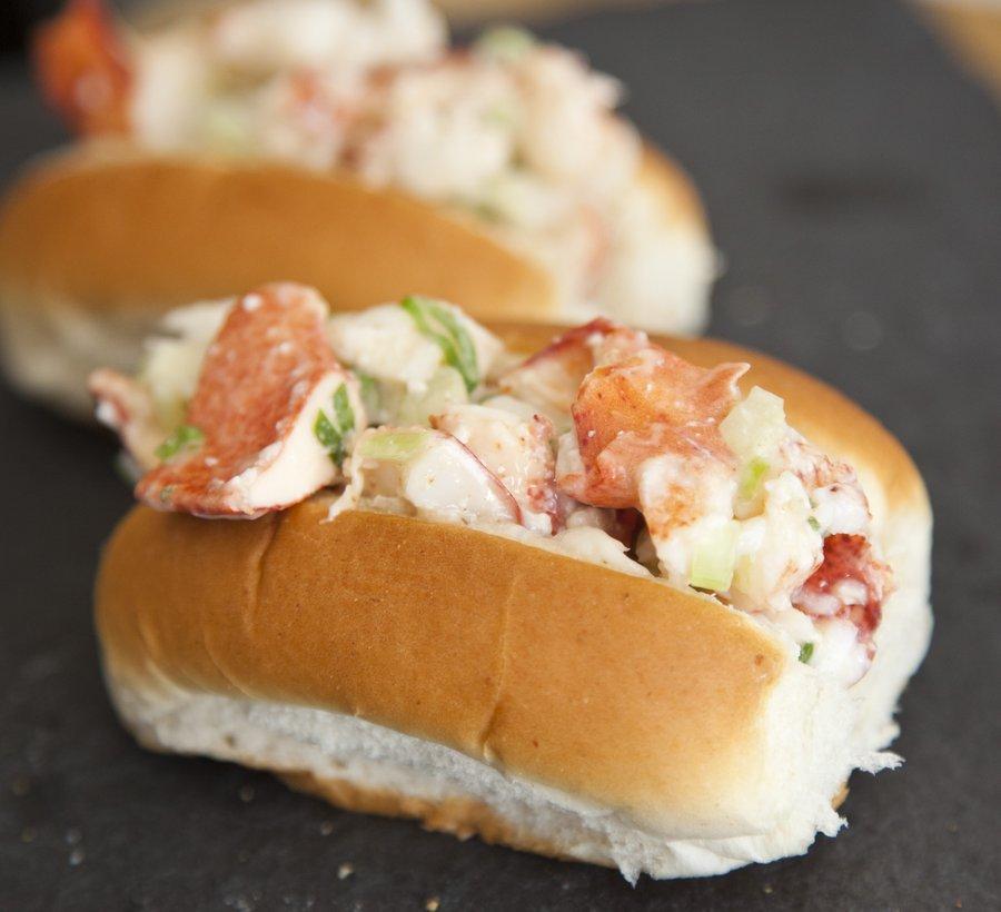 lobster rolls_5.JPG