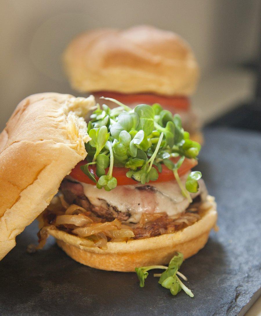 pastrami burger_6.JPG