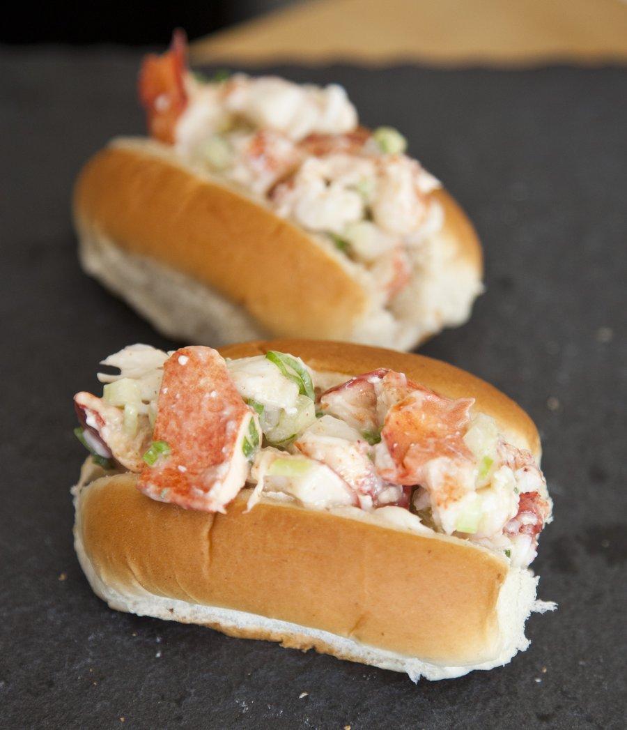 lobster rolls_1.JPG
