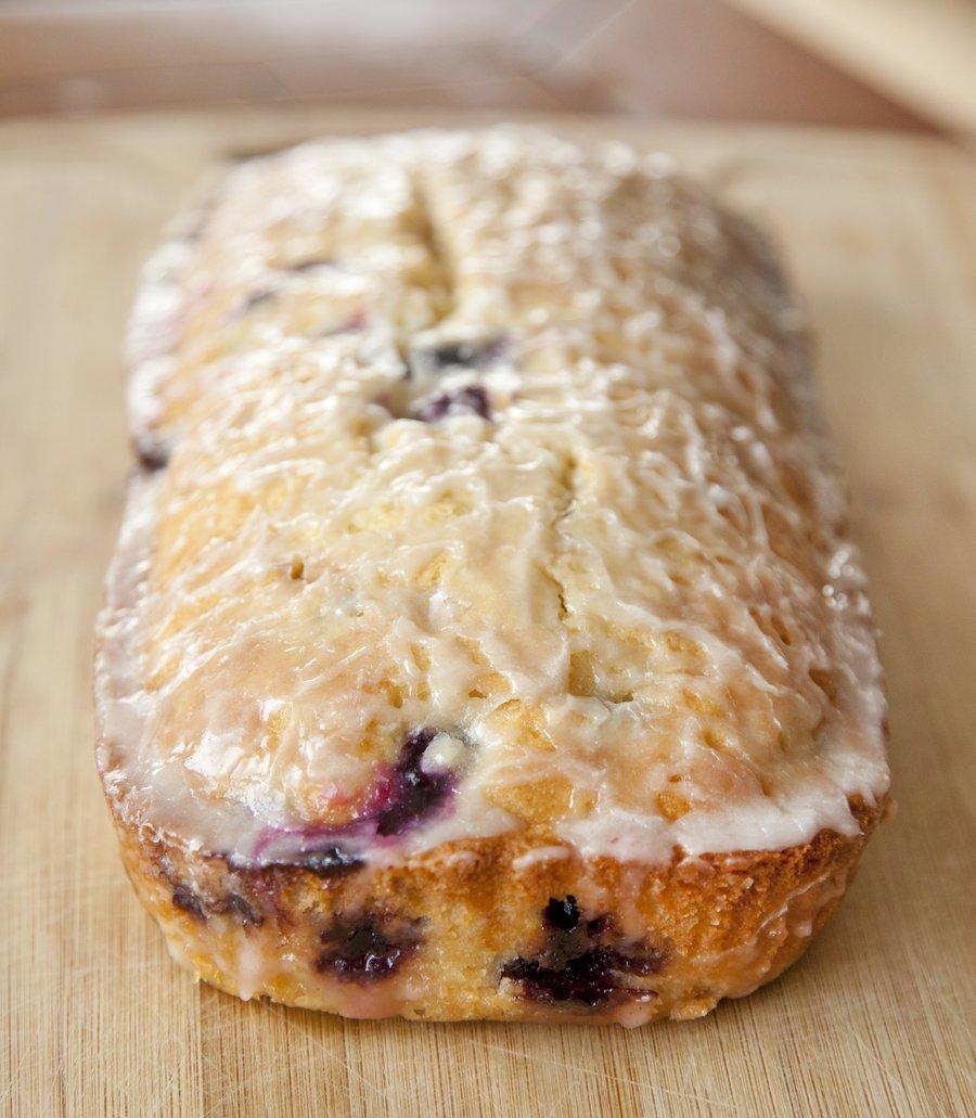 blueberry cake_2.JPG